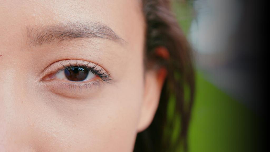 Eye Blinking Astrology Meaning