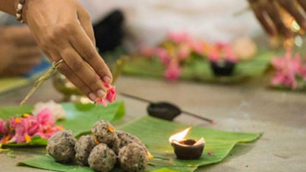 Pitru Paksha 2020: Shradh 2020 dates, Time & Significance of Shradh rituals